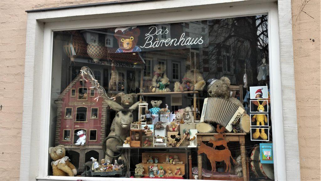 urlaub in hamburg tag 11 mein weg nach deutschland. Black Bedroom Furniture Sets. Home Design Ideas